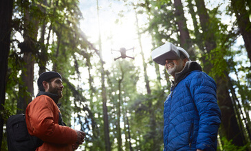 DJI's new FPV goggles let you control your drone with head movements